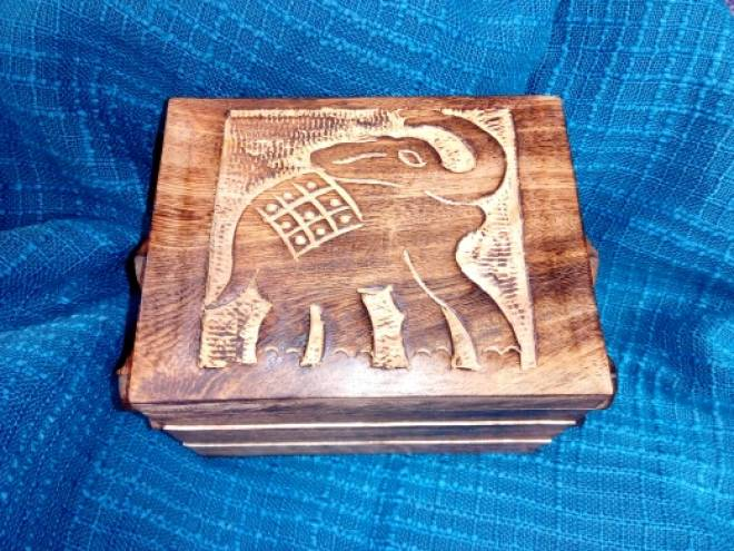 Mango wood jewellery box with hand carved elephant motif. 3 tiers and a mirror. £19.99